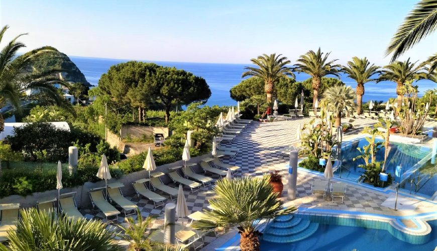 ischia-things-to-do-parco-termale-romantica